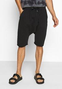 Schott - Shorts - black - 0