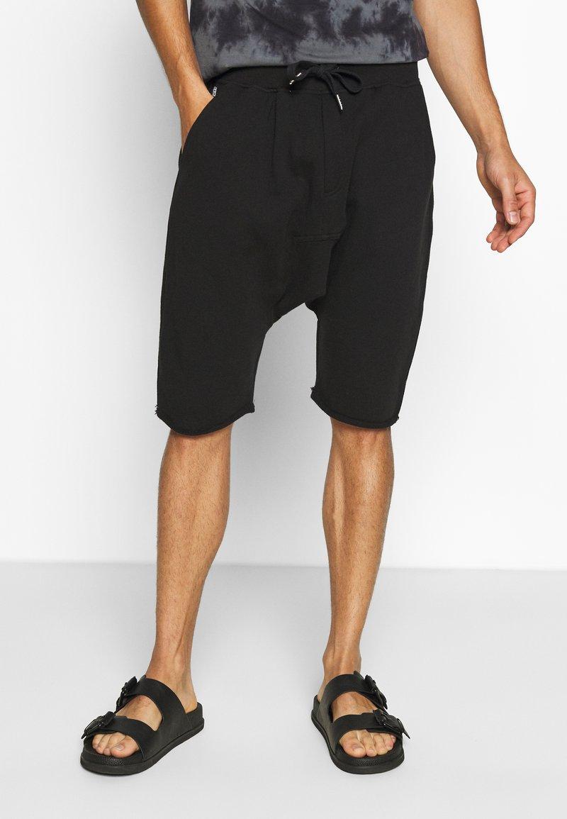 Schott - Shorts - black