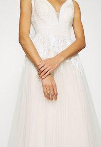 Luxuar Fashion - Occasion wear - ivory/nude - 6