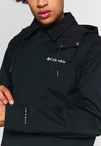 Columbia - EAST PARK™ MACKINTOSH JACKET - Kurzmantel - black