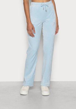TINA SCATTER TRACK PANTS - Trainingsbroek - cool blue