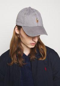 Polo Ralph Lauren - CLASSIC SPORT UNISEX - Lippalakki - perfect grey - 0