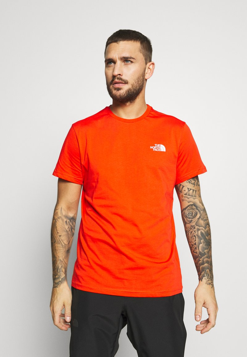 The North Face - MENS SIMPLE DOME TEE - T-shirt basic - fiery red