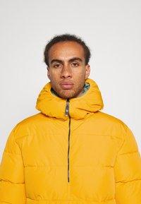 O'Neill - ORIGINAL ANORAK JACKET - Snowboard jacket - old gold - 3
