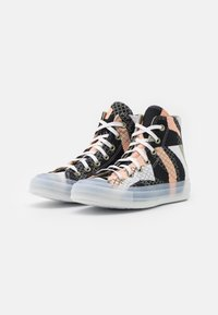 Converse - CHUCK 70 PRINT - High-top trainers - cantaloupe/black/white - 2