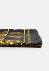 Versace Jeans Couture - REGALIA BAROQUE SCARF - Halsdoek - nero - 5