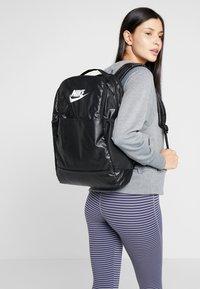 Nike Performance - Reppu - black/white - 5
