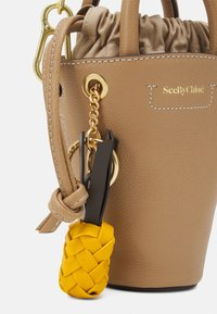 See by Chloé - CECILIA SMALL TOTE - Handbag - coconut brown - 4