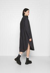 Monki - CAROL DRESS - Shirt dress - grey dark - 2