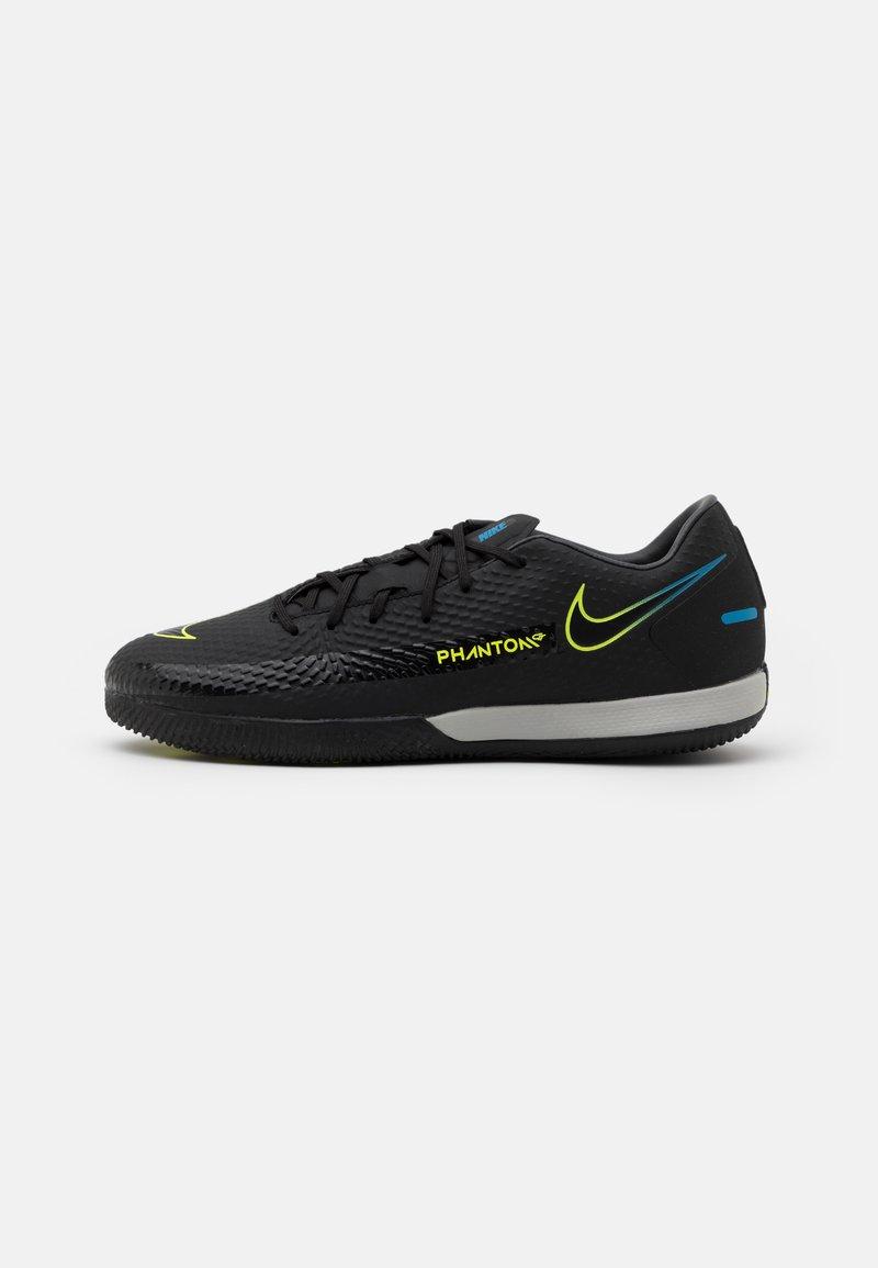 Nike Performance - PHANTOM GT ACADEMY IC - Indoor football boots - black/cyber/light photo blue