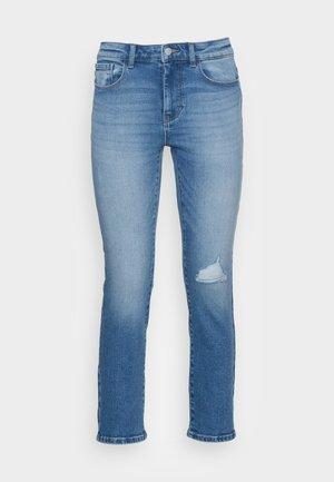 ONLSUI MID SLIM - Slim fit jeans - light blue denim