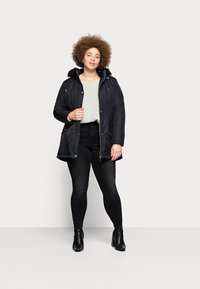 CAPSULE by Simply Be - VALUE - Parka - black - 1