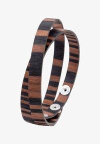 LAIMER - LAiMER Wickel-Armband aus Sandelholz - S1109 - Bracelet - brown - 3