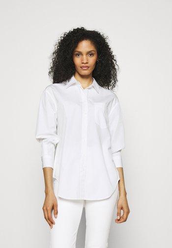 GIRLFRIEND  - Skjortebluser - white