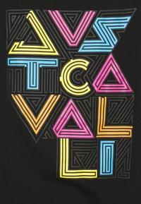 Just Cavalli - Triko spotiskem - black - 8