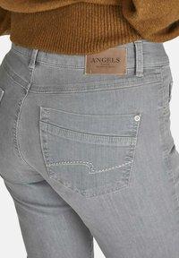 Angels - DOLLY - Straight leg jeans - hellgrau - 4