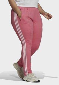 adidas Originals - Trainingsbroek - pink - 2