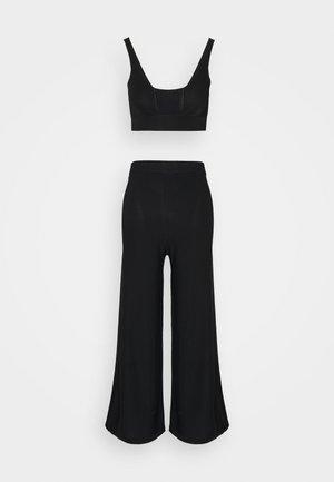 SHOW OFF  - Pyjama set - black