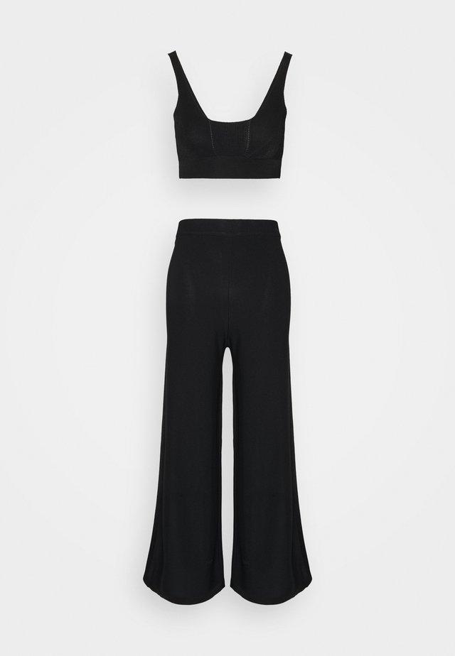 SHOW OFF  - Pyjama - black