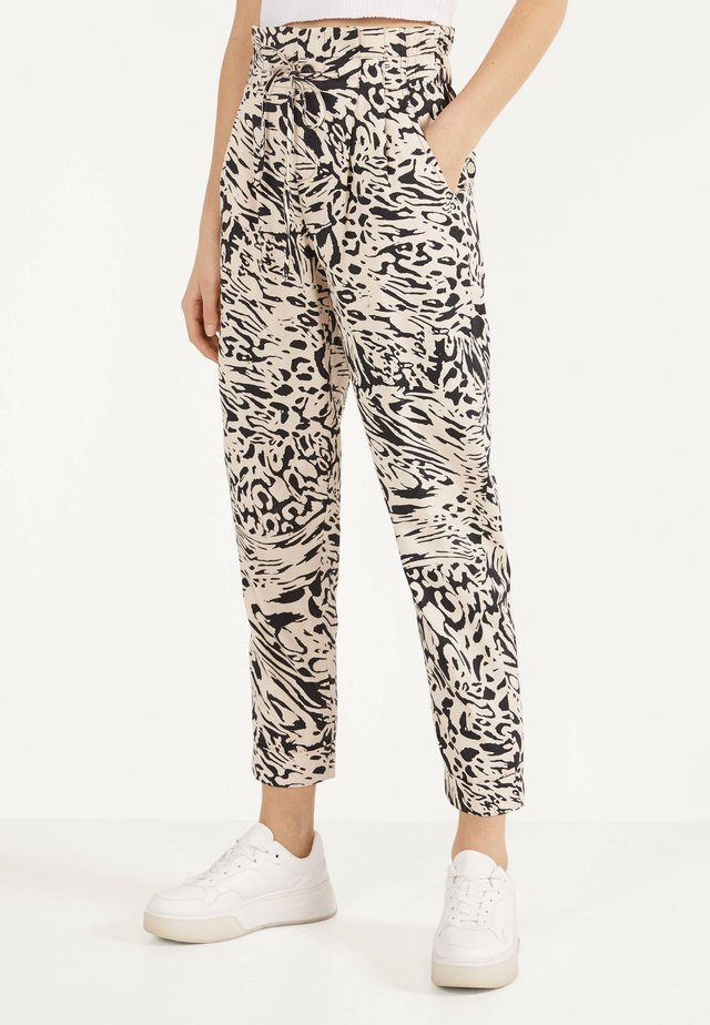 PAPERBAG - Trousers - beige