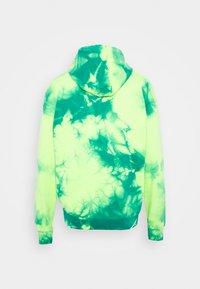 Diesel - S-ALBYEL-X4 SWEAT-SHIRT UNISEX - Hoodie - green lime tye dyed - 1