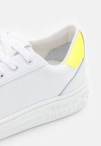 MSGM - SCARPA DONNA SHOES - Tenisky - neon yellow/optic white - 6
