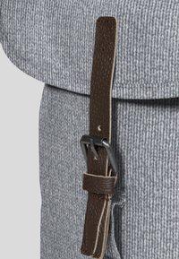 Eastpak - PRINTKNIT - Rucksack - light grey - 6