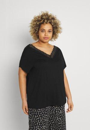 CARMULLA IN ONE - Basic T-shirt - black
