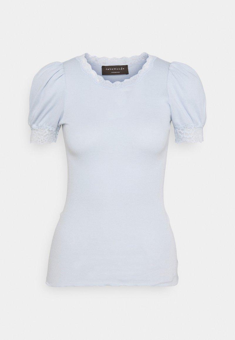 Rosemunde - Print T-shirt - heather sky