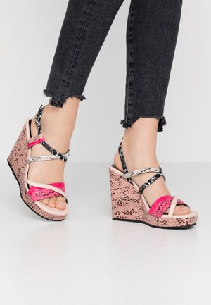 LUCY  - Sandály na vysokém podpatku - rose