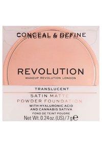 Make up Revolution - CONCEAL & DEFINE POWDER FOUNDATION - Foundation - translucent - 4