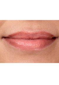 IsaDora - TWIST-UP GLOSS STICK - Lip gloss - milk 'n chocolate - 3