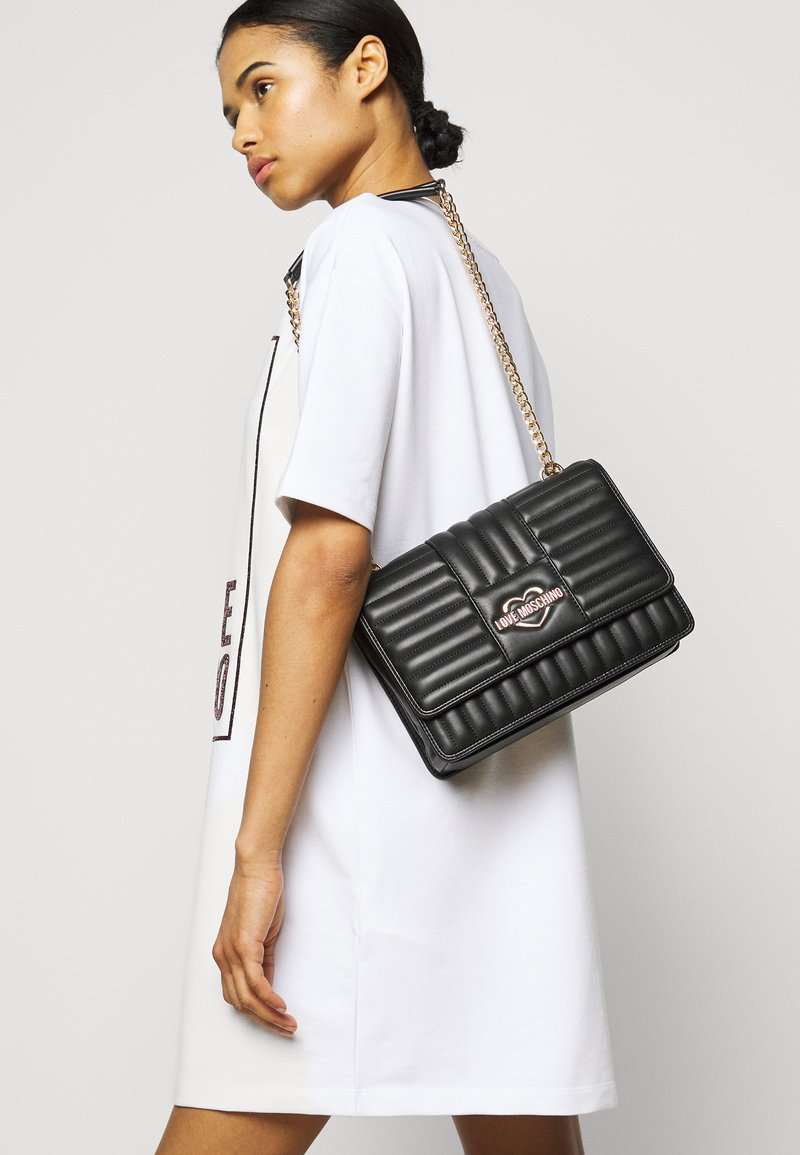 Love Moschino - QUILTED SOFT - Across body bag - nero