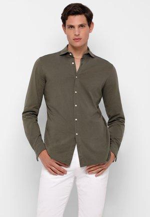 COMFY - Overhemd - khaki