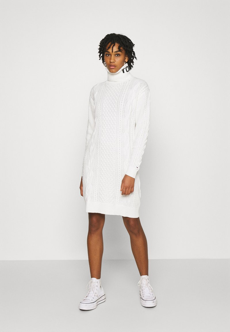 Tommy Jeans - TURTLE NECK DRESS - Jumper dress - snow white