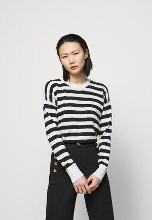 Sweter - white/black