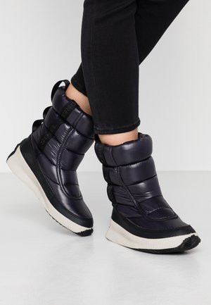 OUT ABOUT PUFFY MID - Winter boots - black