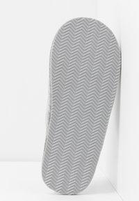 Polo Ralph Lauren - SUMMIT SCUFF  - Slippers - grey/light pink - 6