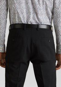Esprit Collection - ACTIVE - Pantaloni eleganti - black - 3
