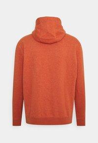 Nike Sportswear - HOODIE - Hoodie - light sienna - 6