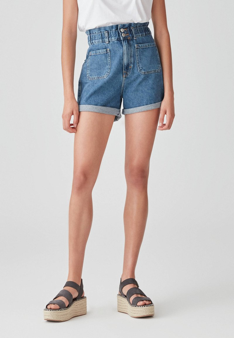 PULL&BEAR - Denim shorts - blue