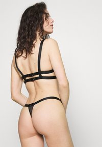 Bluebella - THEA THONG - Thong - black