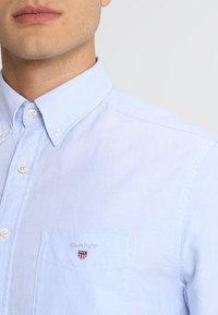 GANT - THE OXFORD - Camisa - capri blue - 5