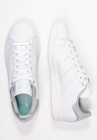 adidas Originals - STAN SMITH - Trainers - footwear white/silver metallic/clear mint - 3