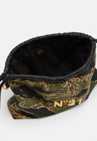 N°21 - EVA BAG COULISSE - Handbag - dark green - 2