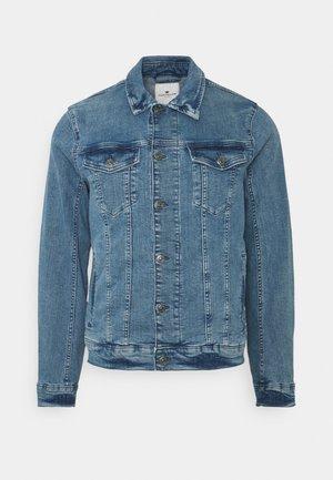 TRUCKER JACKET - Kurtka jeansowa - light stone wash denim