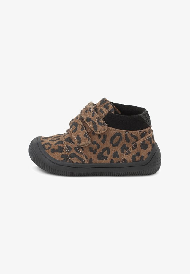 TRISTAN - Baby shoes - brown