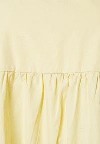 Faithfull the brand - AYLAH MIDI DRESS - Denní šaty - plain banana - 7