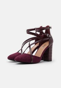 Wallis - CASH - Zapatos altos - berry