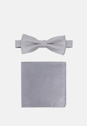ONSTOBIAS PATTERN BOWTIE SET - Papillon - quiet grey